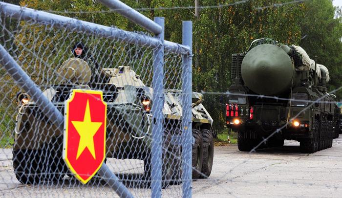 «Управляемый хаос» против России. Военная доктрина страны отныне учитывает «цветные революции»