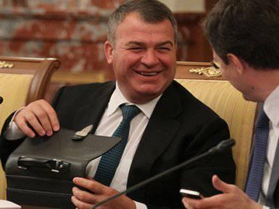 Л.Ивашов: «Сердюкова не дают посадить влиятельные силы в руководстве страны»