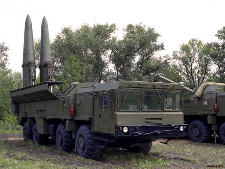 """Войска ЗВО получили бригадный комплект ОТРК """"Искандер-М"""""""