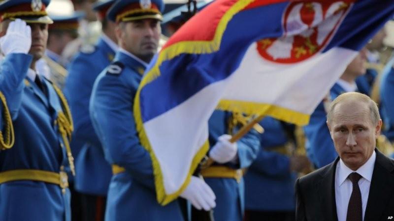Сербия тепло встретила Владимира Путина