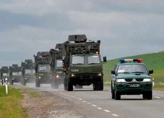 """Не там ищете """"агрессоров"""": прибалтийские элиты бросают на Украину военный конвой"""