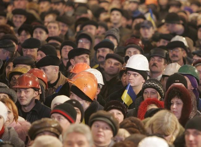 ФМС решила отменить миграционные послабления для граждан Украины