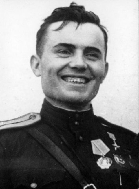 Лейтенант Сергей Шпаковский поле боя не покидал