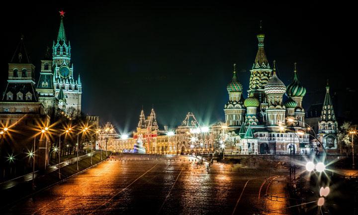 Москва должна послать Киев на три буквы