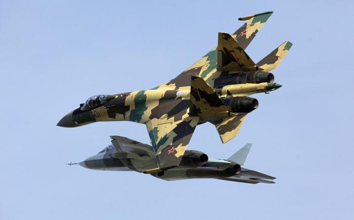 Воздушный бой Raptor c Т-50: раскрыта тайна новейшего российского истребителя