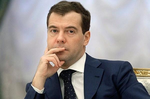 Медведев объявил о завершении интеграции Крыма в состав РФ