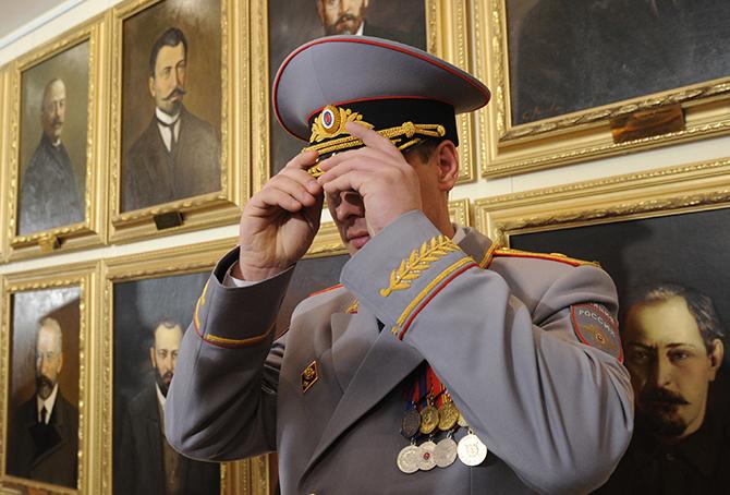 Путин освободил от должности около 20 генералов