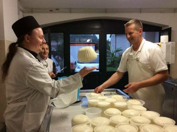 Выпуск сыра в РФ вырос на 30%, заместив весь импорт