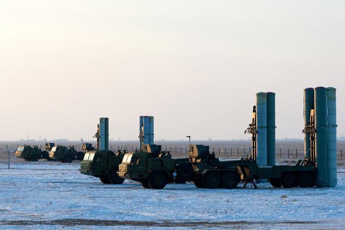Полковой комплект С-400 прибыл на Камчатку