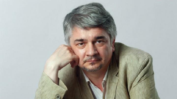 Р.Ищенко: США пустили Украину на самотек, а как она дальше будет существовать - большой вопрос