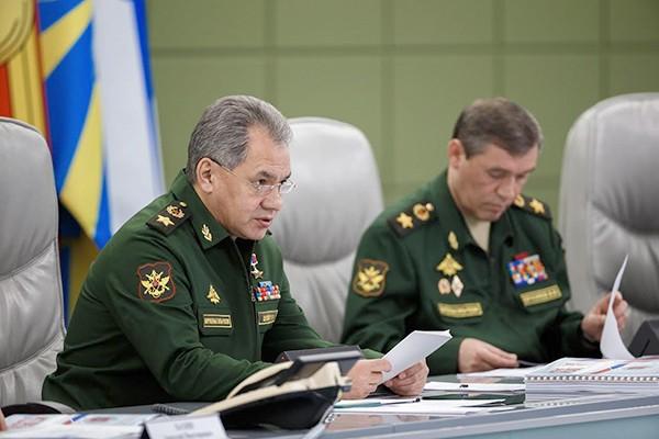 Шойгу: До конца года ВМФ РФ получит 8 боевых кораблей и 2 подлодки