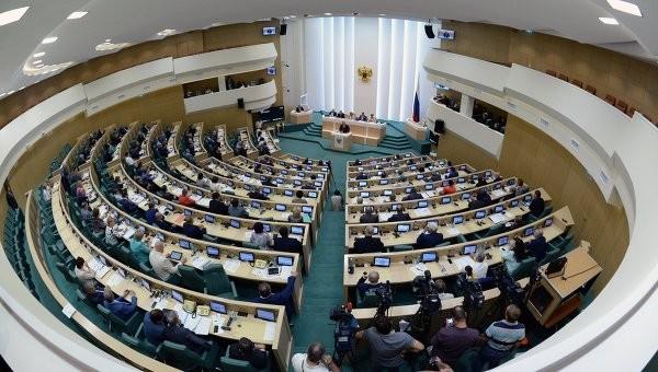 Путин обратился к Совфеду за разрешением использовать ВС РФ за рубежом