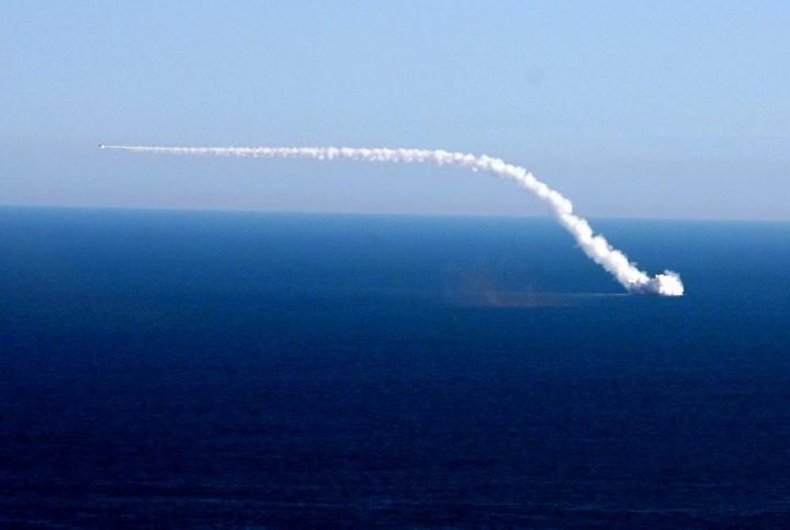 Шойгу рассказал о нанесении ударов по ИГИЛ в Сирии с подводной лодки «Ростов-на-Дону»