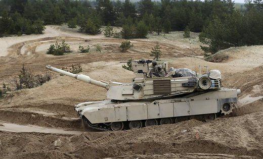 """США выводят танки """"Абрамс"""" из Латвии"""