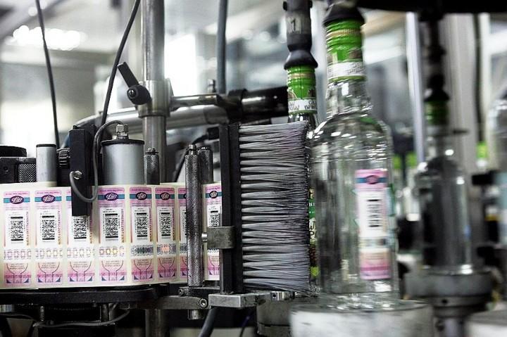 КПРФ предлагает ввести госмонополию на алкоголь