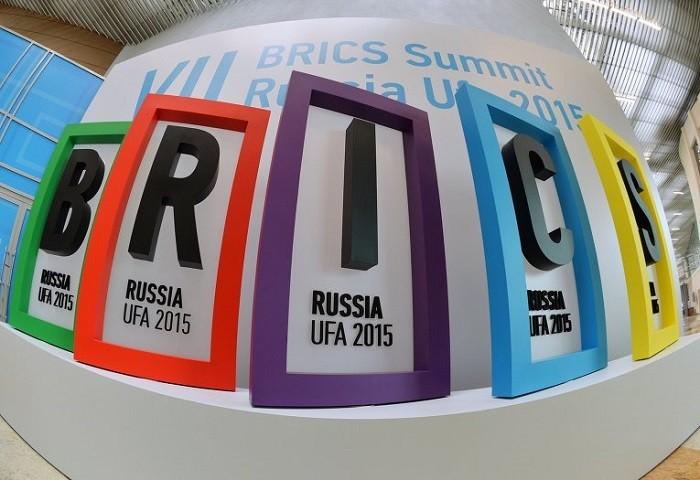 МИД РФ заявил о скором запуске серии экономических проектов БРИКС