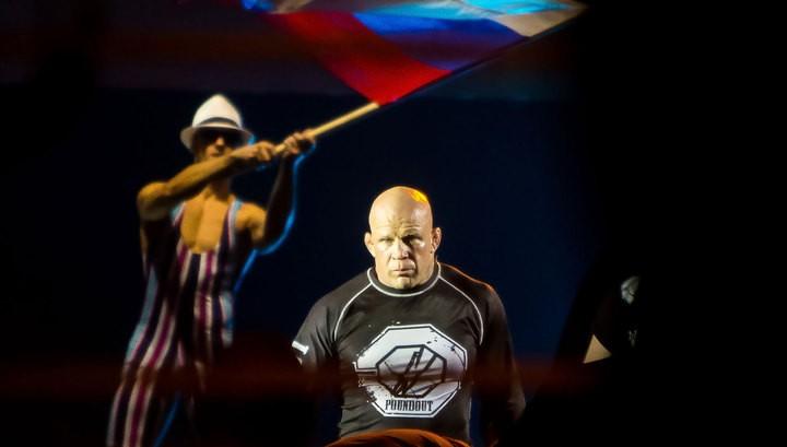 Монсон в бою против украинца Лоткова одержал первую победу под флагом России