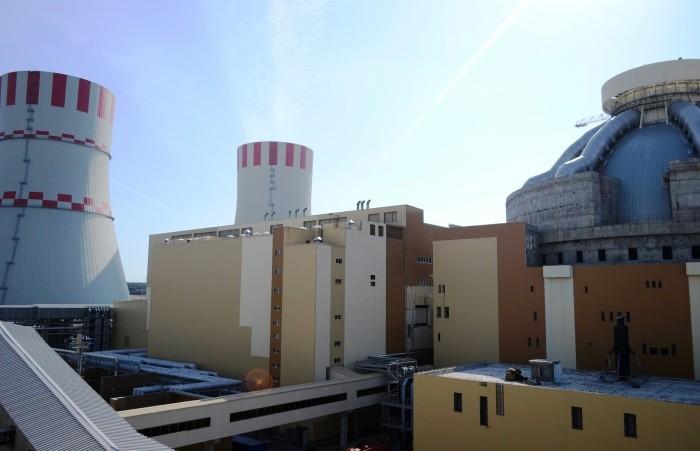 Началась загрузка топлива в реактор самого мощного в России энергоблока АЭС