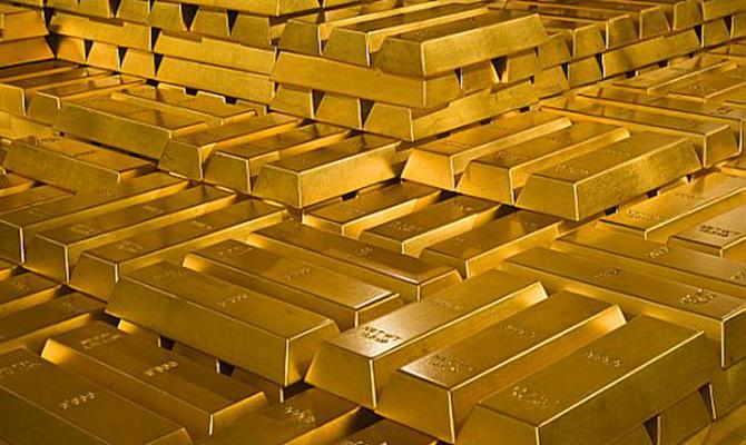 Банк России в полтора раза увеличил скупку золота