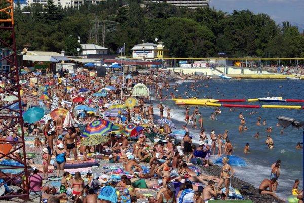 В Крыму уже около 10% туристов из Украины
