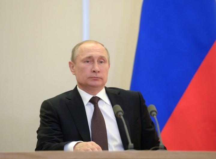 Путин продлил продовольственное эмбарго в отношении Запада