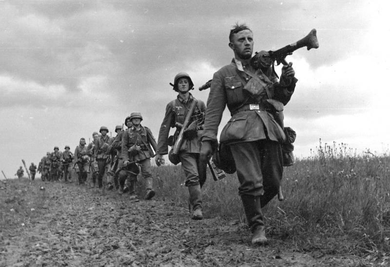 """""""Фальшивая война"""" с Германией. Как Англия и Франция предали Польшу и планировали организовать """"крестовый поход"""" против СССР"""