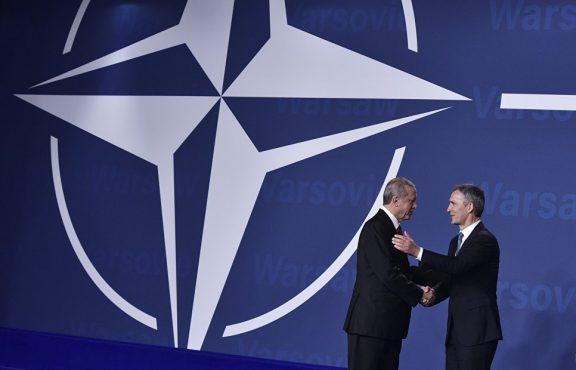 Россия и Турция сражаются с ИГ, американская коалиция недоумевает