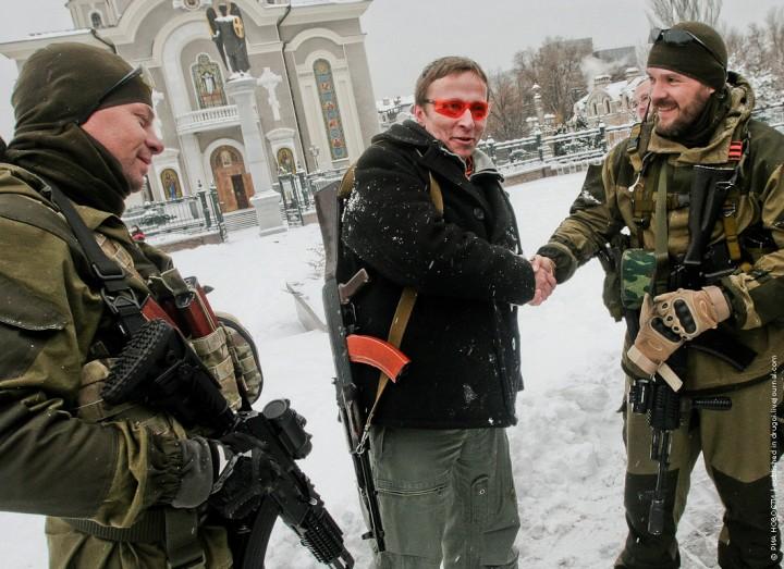 Охлобыстин готов вступить в ополчение ДНР