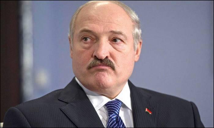 Лукашенко потребовал от военных допустить западных наблюдателей на совместное с Россией учение