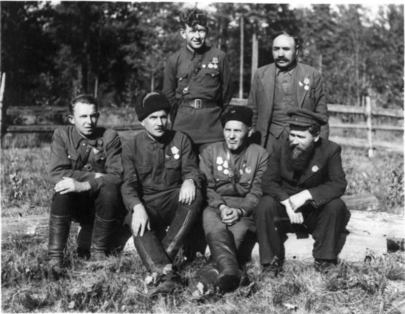 Сидор Ковпак: «Мой поставщик — Гитлер»