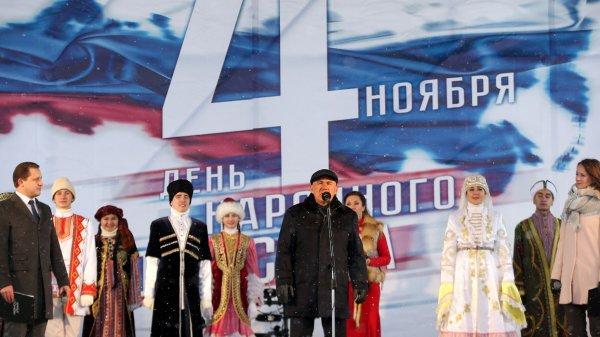 Вирус русофобии: Москва предотвращает украинский сценарий в Татарстане