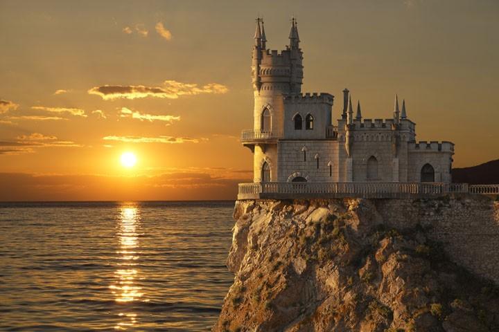 «До мурашек»: фильм «Крым» превзошел топовые новинки Голливуда