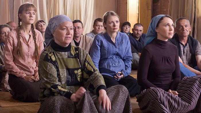 В Кузбассе сектанты принудили уволиться заслуженного учителя РФ