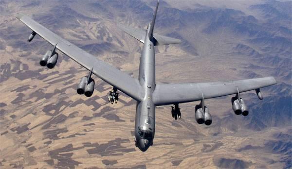 Из США в Британию переброшены три стратегических бомбардировщика B-52H