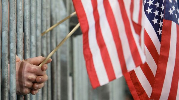 США пригрозили санкциями всему миру за сотрудничество с Россией