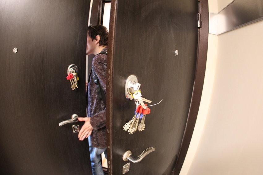 Не счесть судебных споров о том, что у добросовестных граждан отнимают жилье, купленное на вторичном рынке. Фото: Сергей Михеев/ РГ