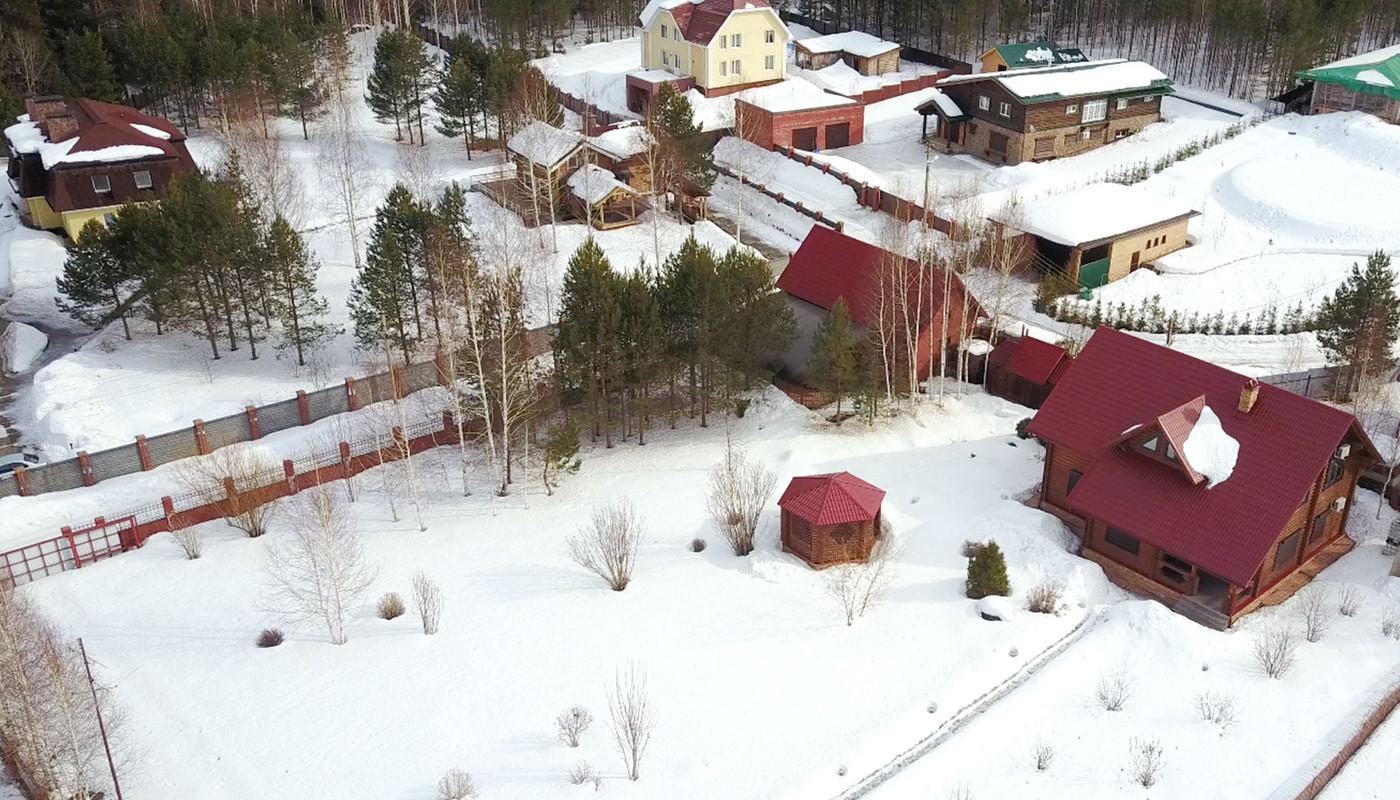 <p>Дачный дом в деревне Макарово</p>