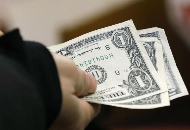 Отчет ФРС показал уровень удовлетворенности американцев своим материал положением