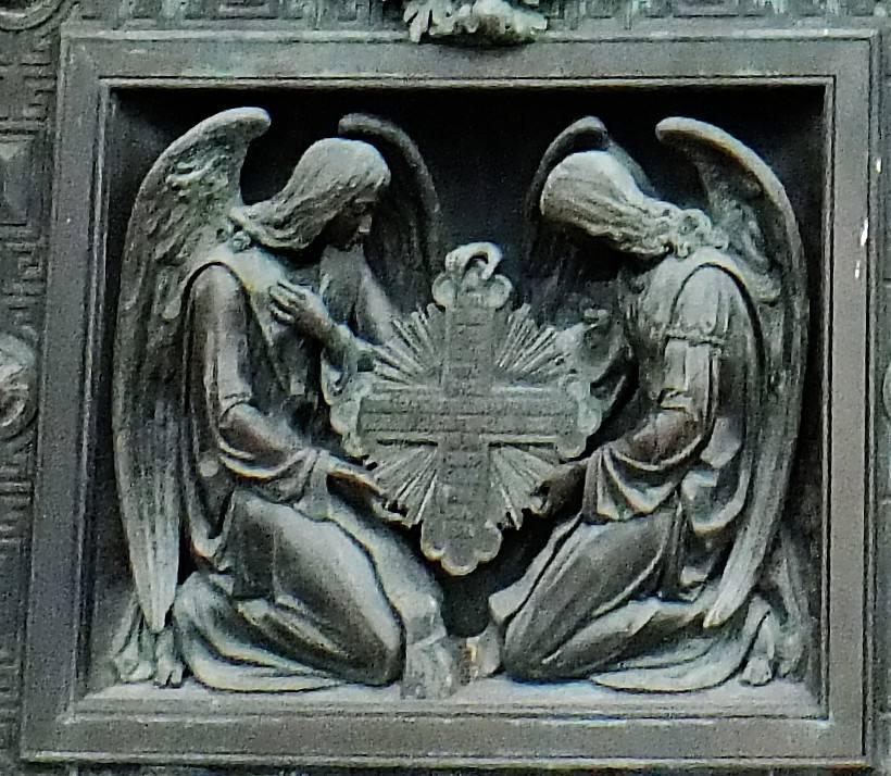 02 Исакий дверь кресты 02