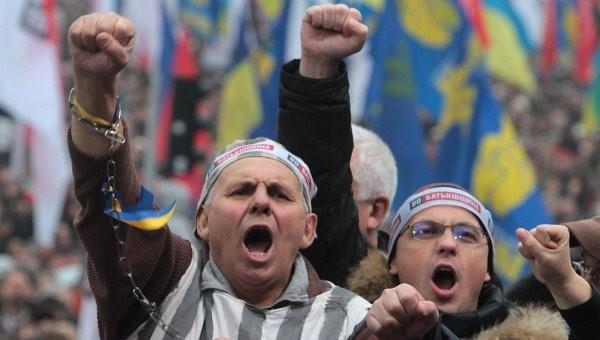 Путешествие по «незалежной»: Что происходит на Украине на самом деле?