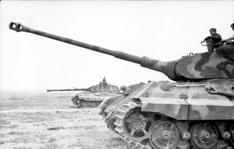 Как разведгруппа СССР из 25 человек разгромила 5-тысячный фашистский гарнизон.