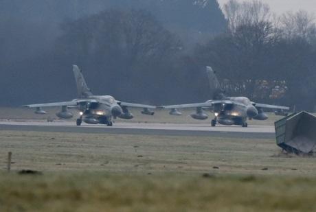 Германия отправила в Сирию первые самолеты