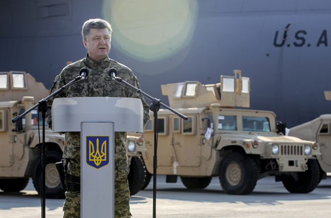 Петр Порошенко, хаммер, самолет, бронетехника, США|Фото: president.gov.ua