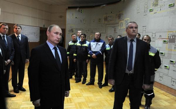 Путин, Аксенов, запуск энергомоста Фото: kremlin.ru