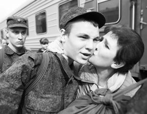 Большинство уже не хочет, чтобы их дети избежали службы в армии
