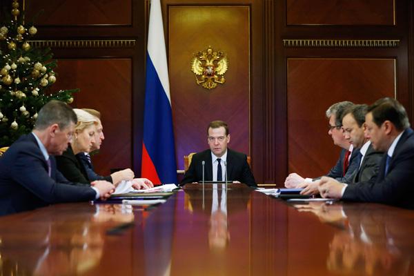Анатолий Вассерман: Правительство не может спасти страну от кризиса