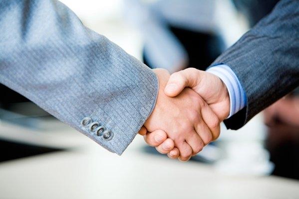 МИД Испании призвал к увеличению торгового оборота с Россией