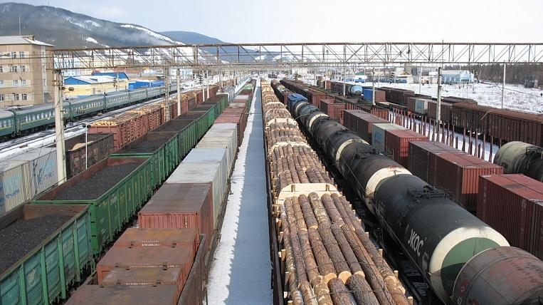 Картинки по запросу товарняки дальневосточные Российские железные дороги