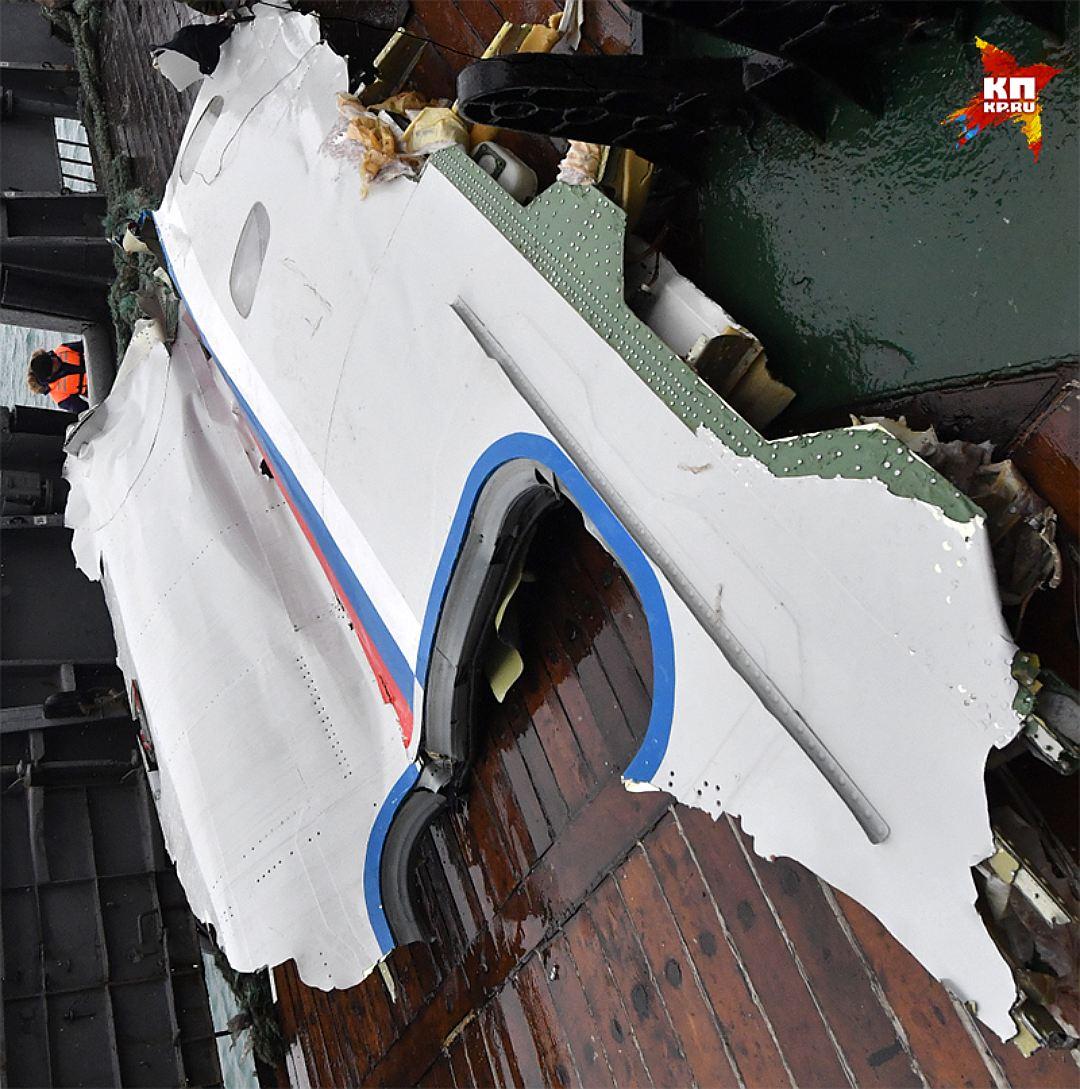 Верхняя часть дверного проёма цела Фото: Владимир ВЕЛЕНГУРИН